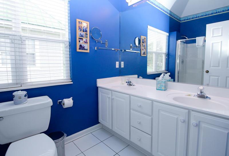 2nd Floor Master En Suite Bath