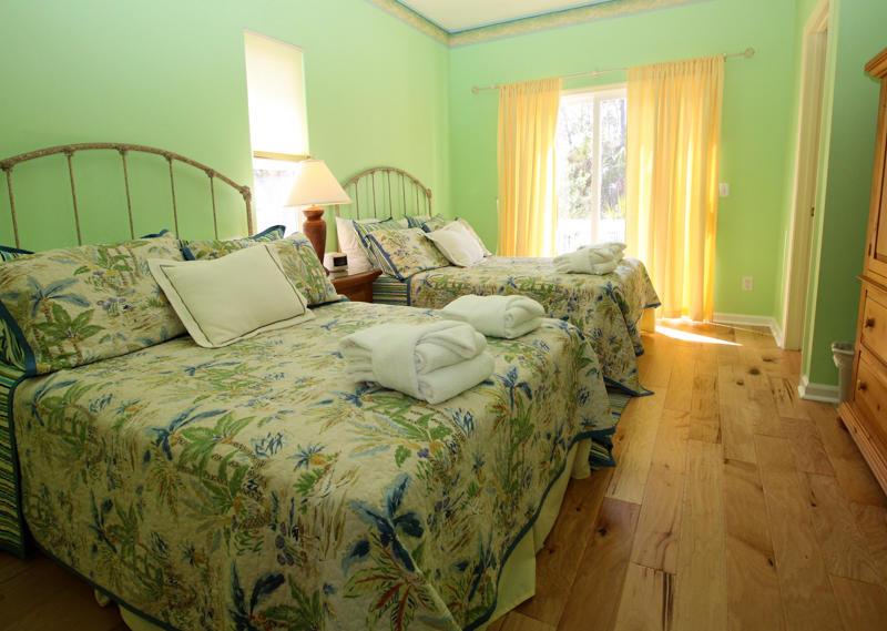 1st Floor Left Bedroom