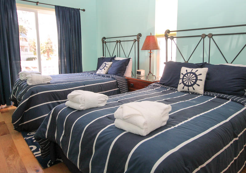 1st Floor Right Bedroom