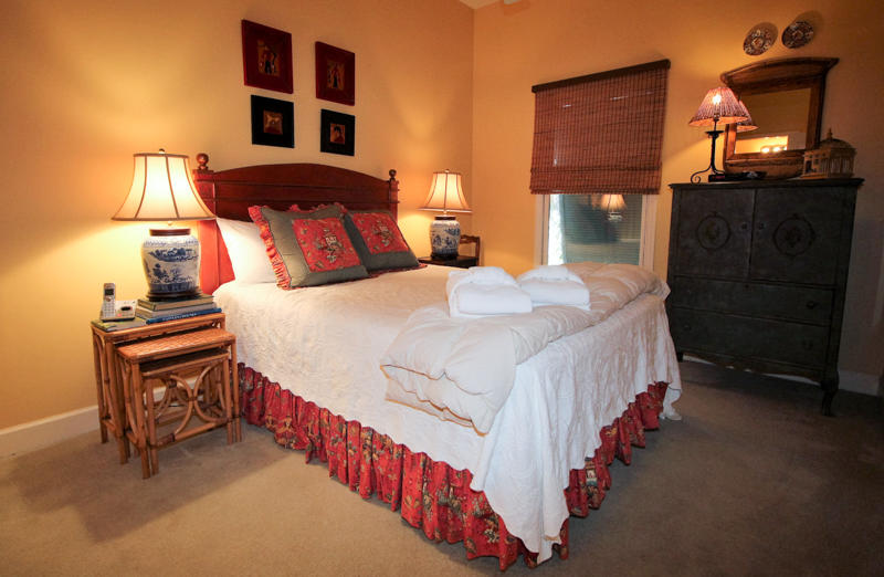 Guest Room off Foyer