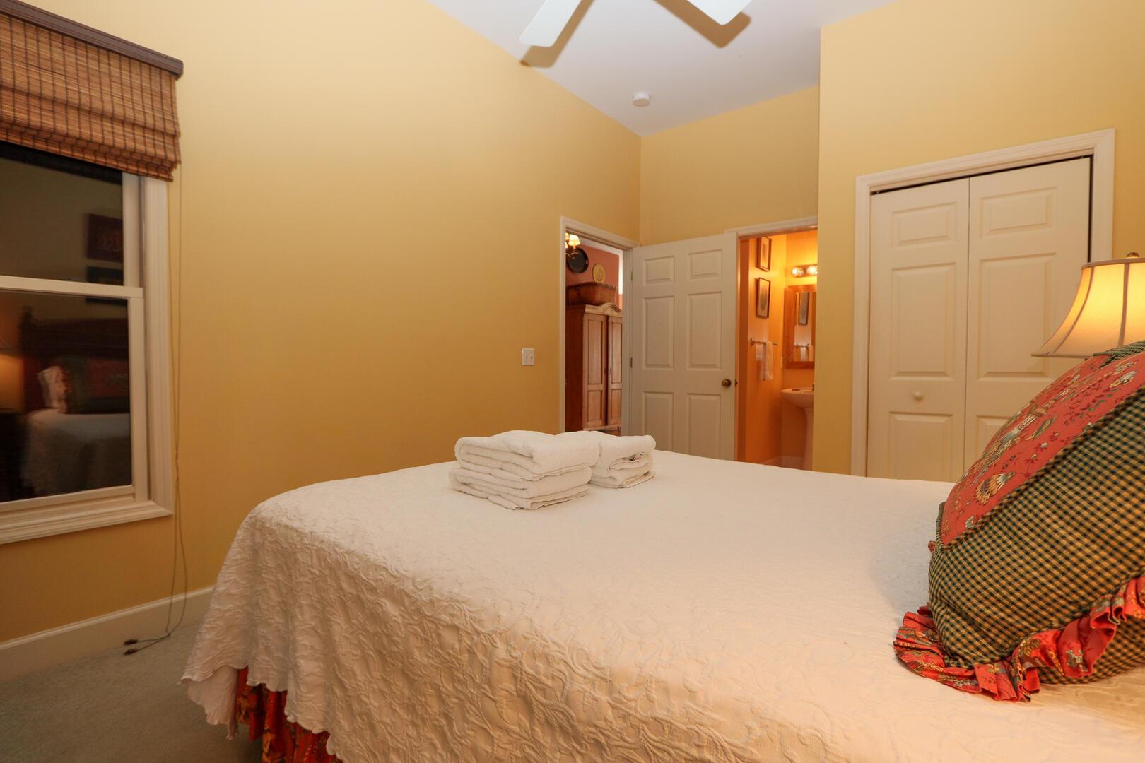 Bedroom off entry hallway with en suite bath