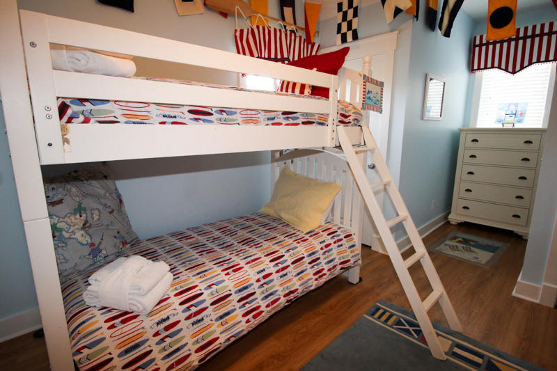2nd Floor Bunk Room