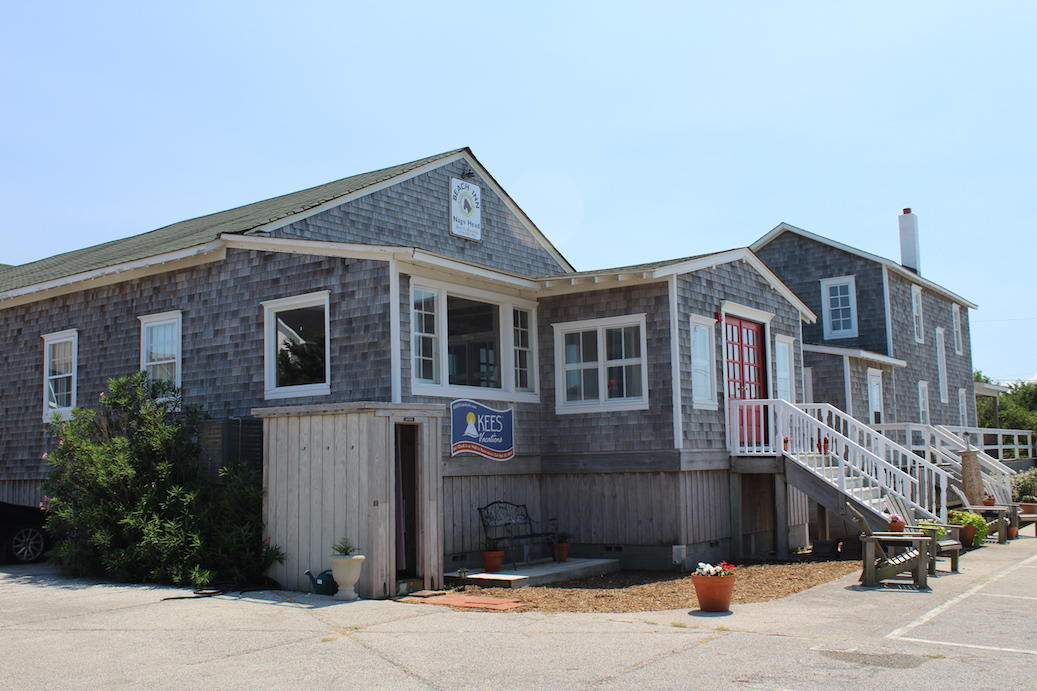 Nags Head Beach Inn 3 Bedroom Cottage-NHBI 10