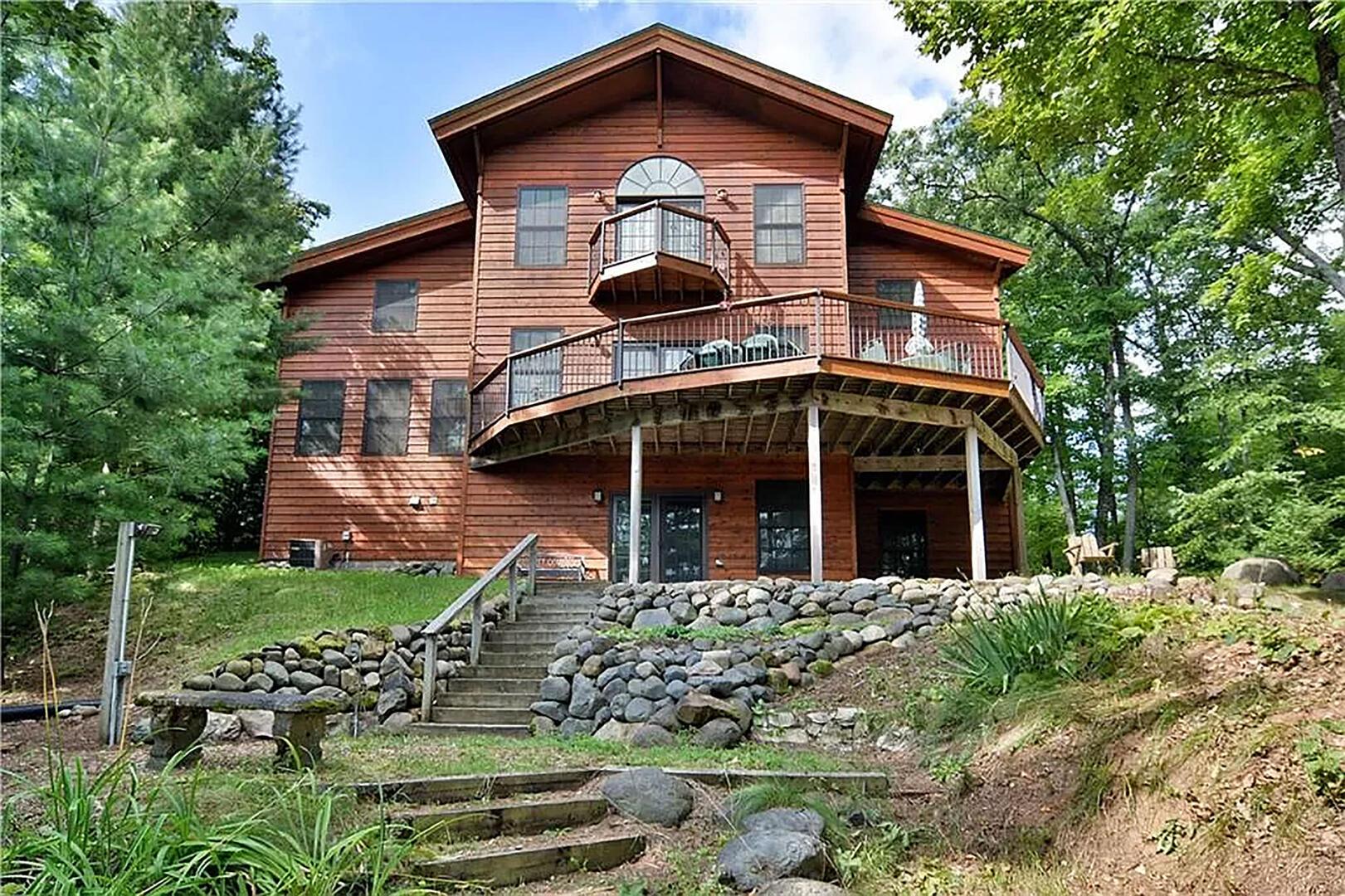 Round House on Round Lake-130