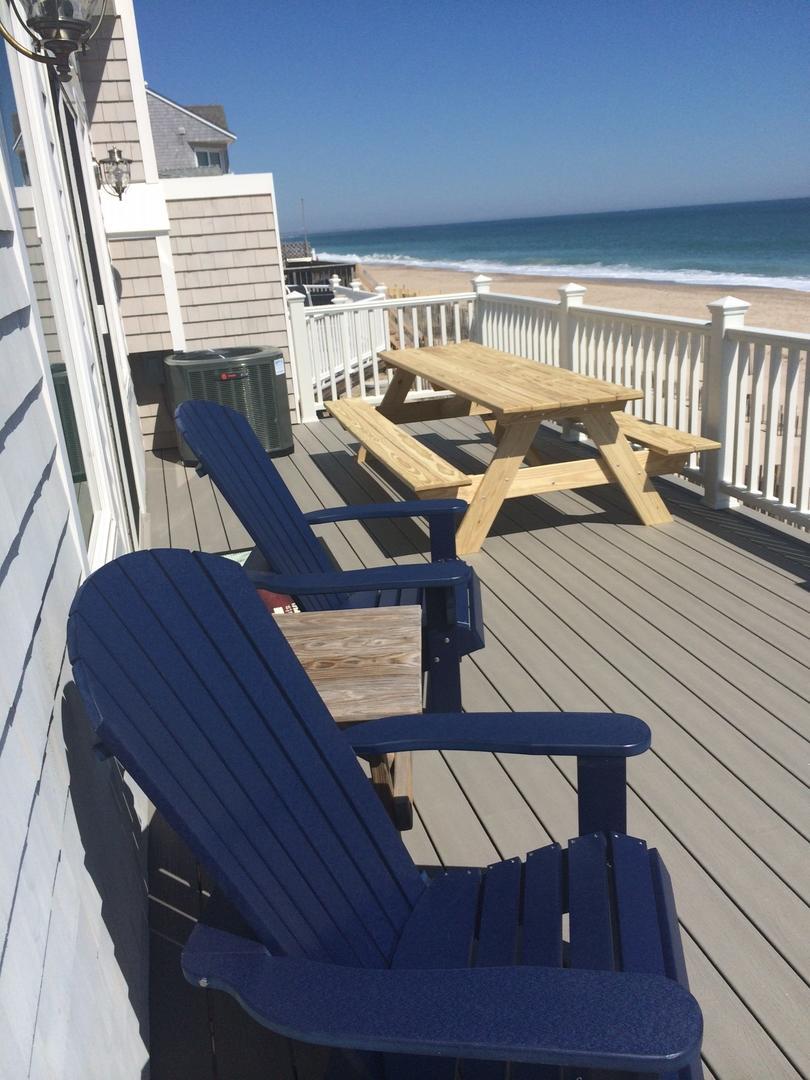 Deck picnic table