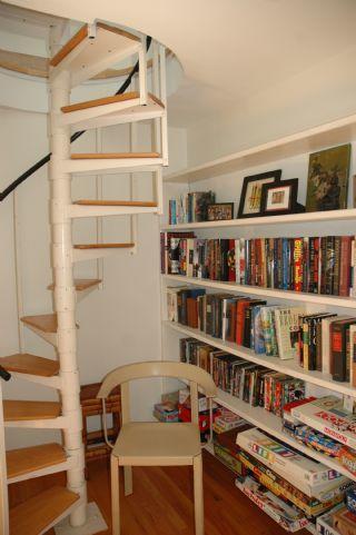 stairway to third floor master