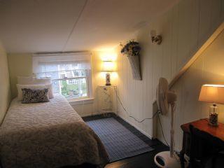 Second floor twin guest room
