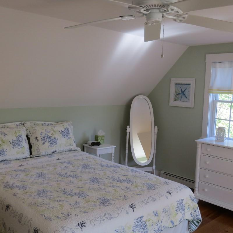 one more view of the second floor guest room