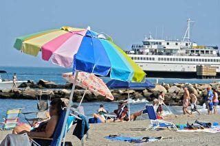 Marinelli Beach 3 blocks away