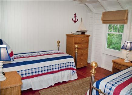 2nd floor twin guest room