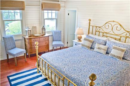 LARGE master suite on the 2nd floor with ensuite bath