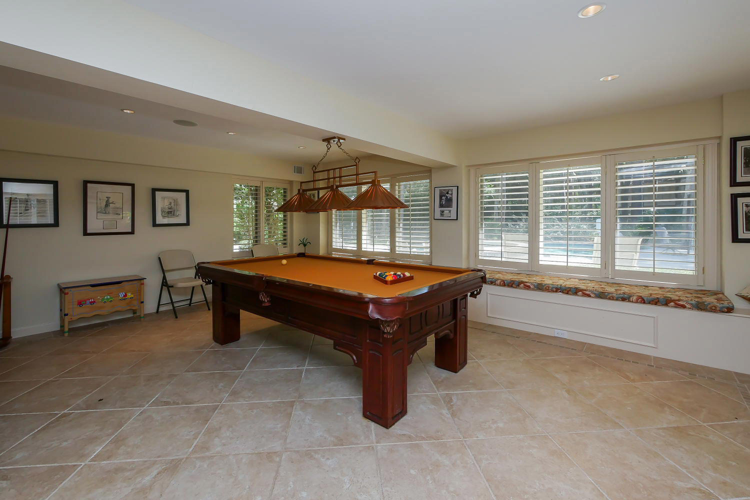 Pool table in recreation room | Royal Estate plus Cottage