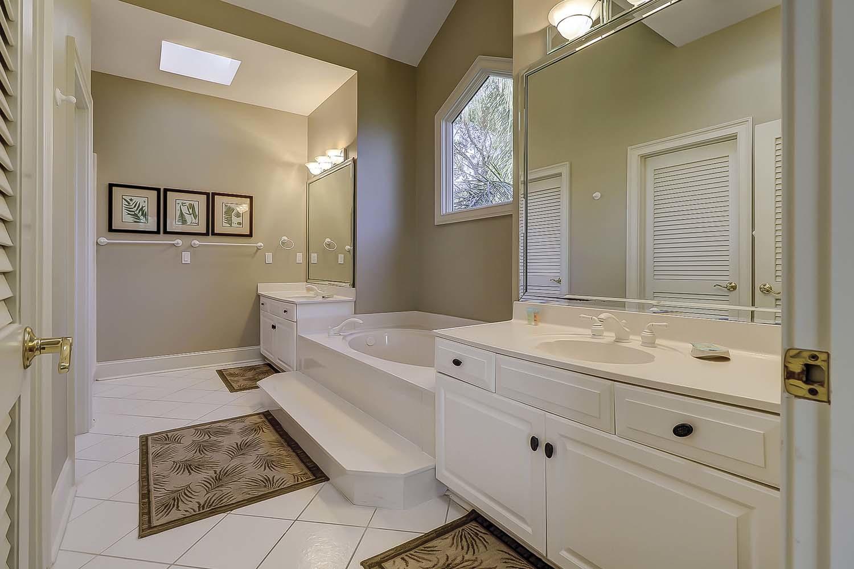 Master Bathroom Landscape View- Second Level | Sea Dream