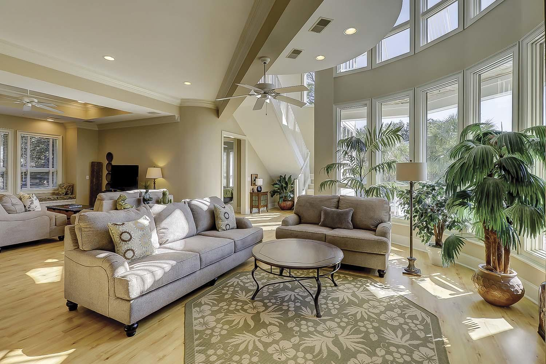 Living Area | Sea Dream