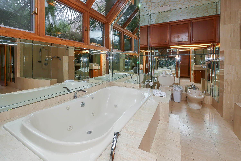 Master bath - main level