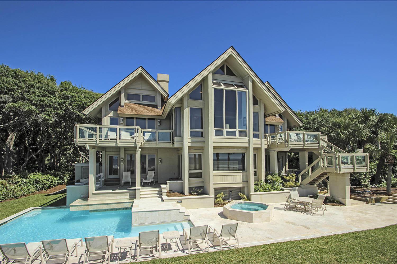 Beach Lagoon house and pool