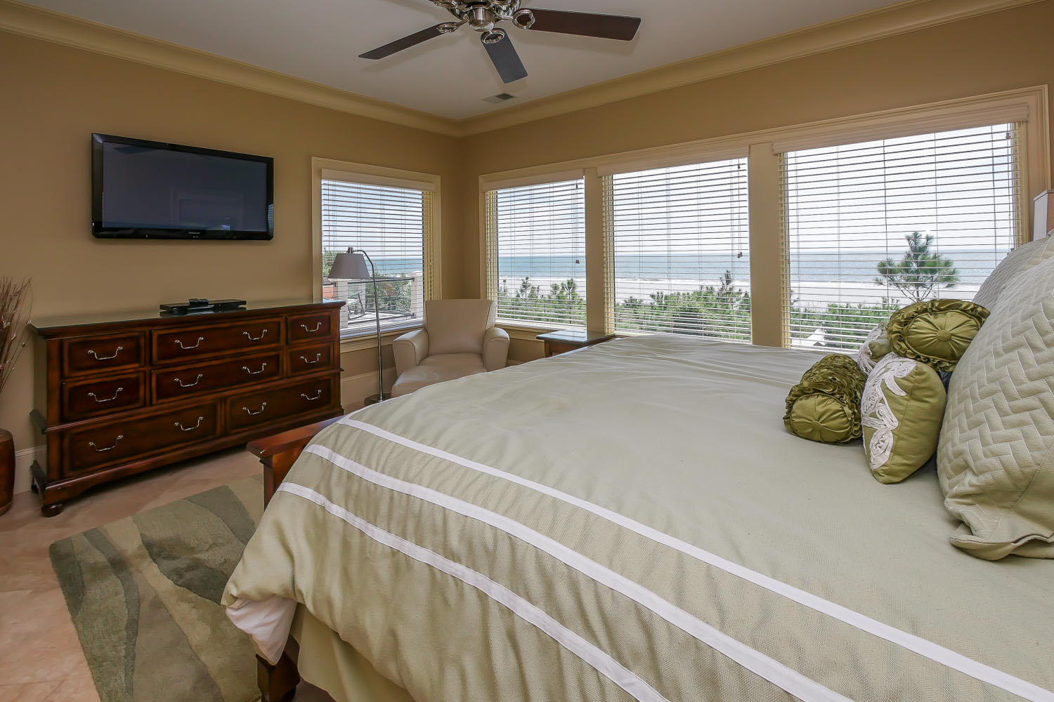 Master Bedroom- 2nd Floor
