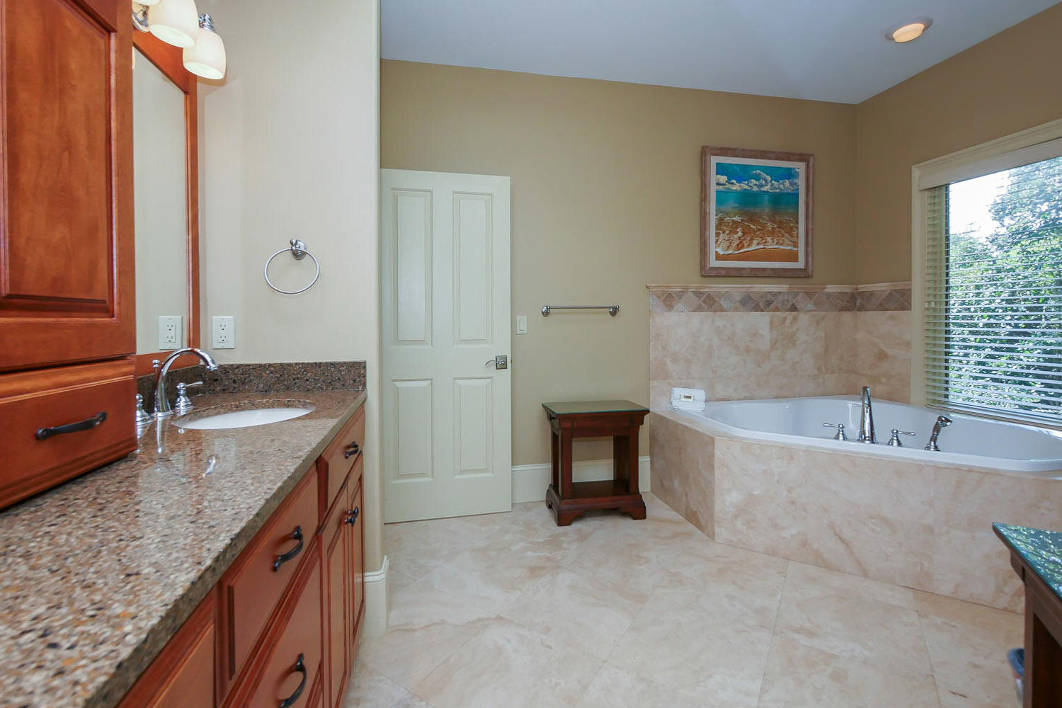 Master Bathroom- 2nd Floor