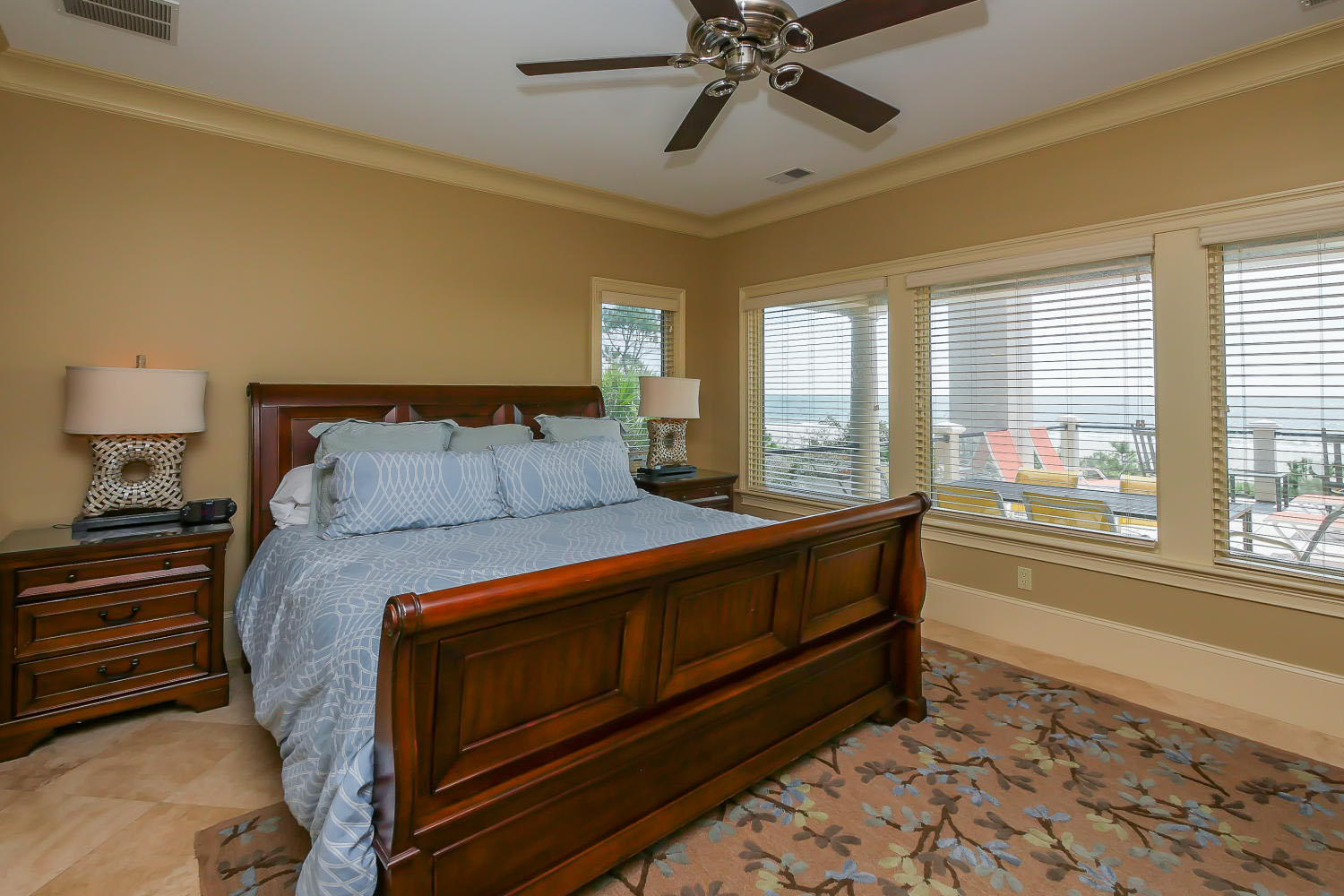 King Bedroom- 2nd Floor