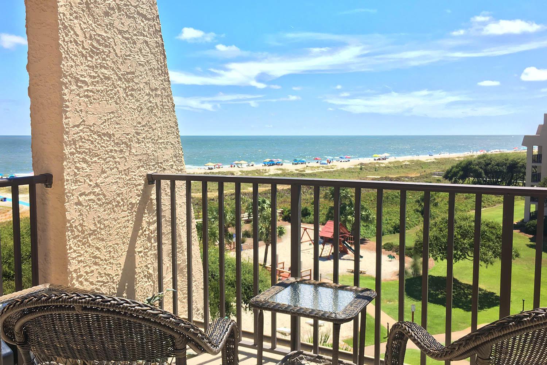Balcony off living area