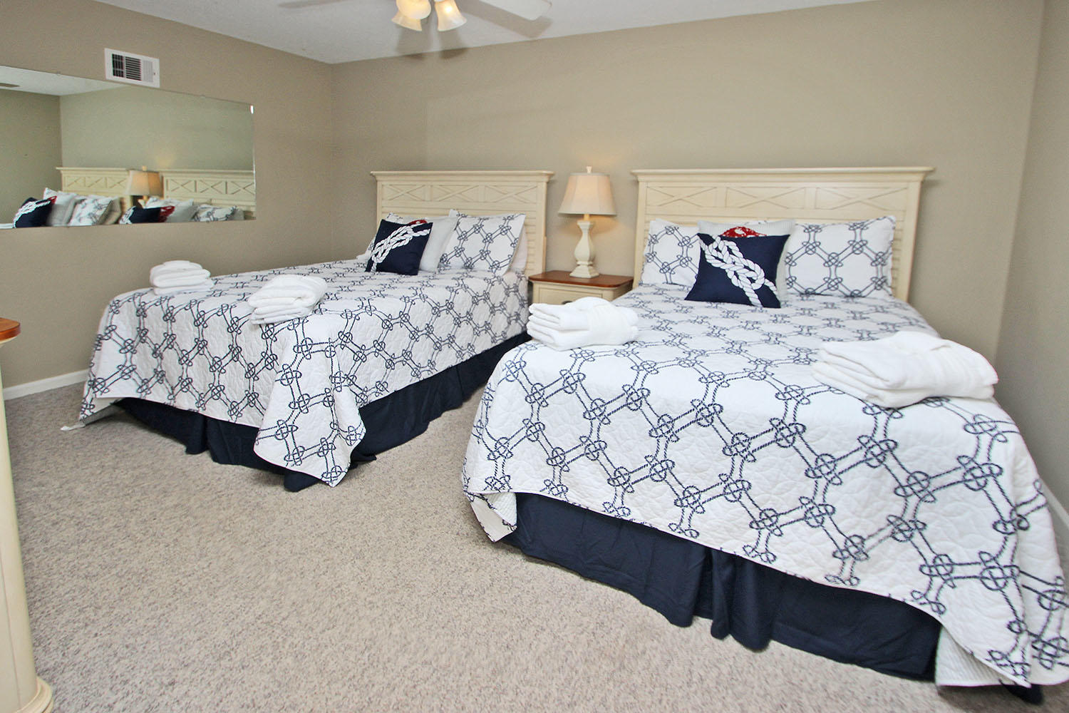 Guest bedroom - 2nd level