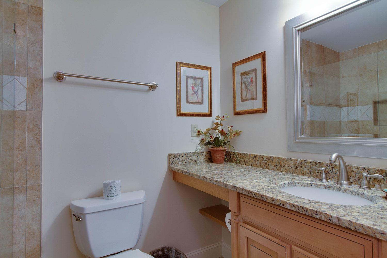 Queen Guest Bathroom