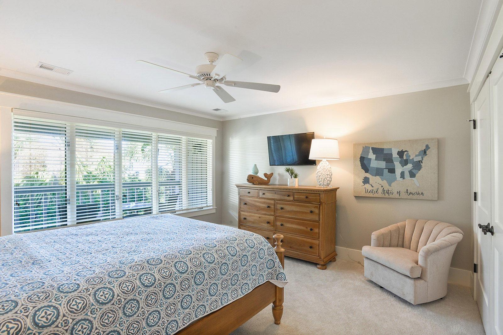 Guest King Bedroom | Brigantine Beach Escape