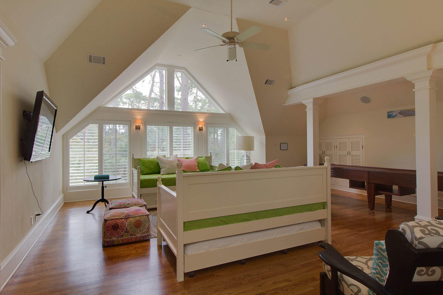 Daybed Game Room | Surf Scoter