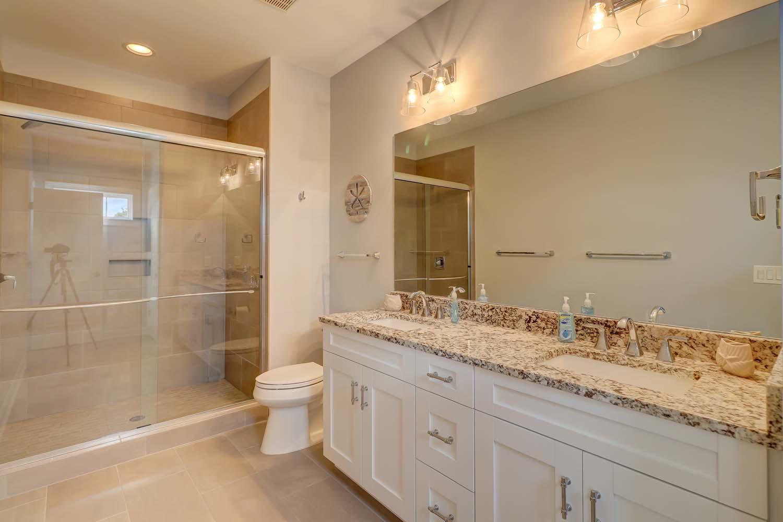 Second Guest King Bathroom | Atlantic Dream