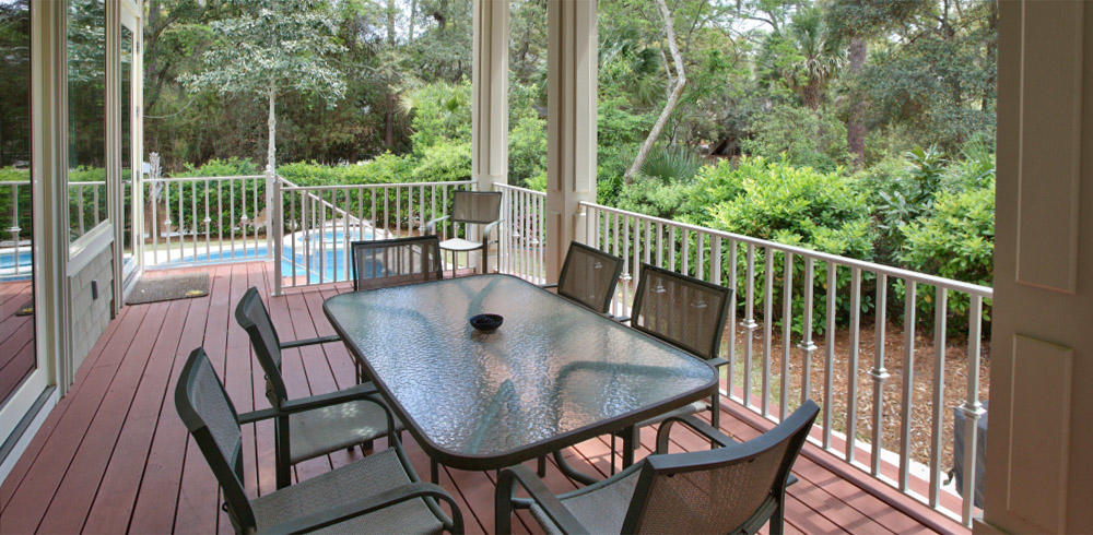Back porch and dining area | Beachside