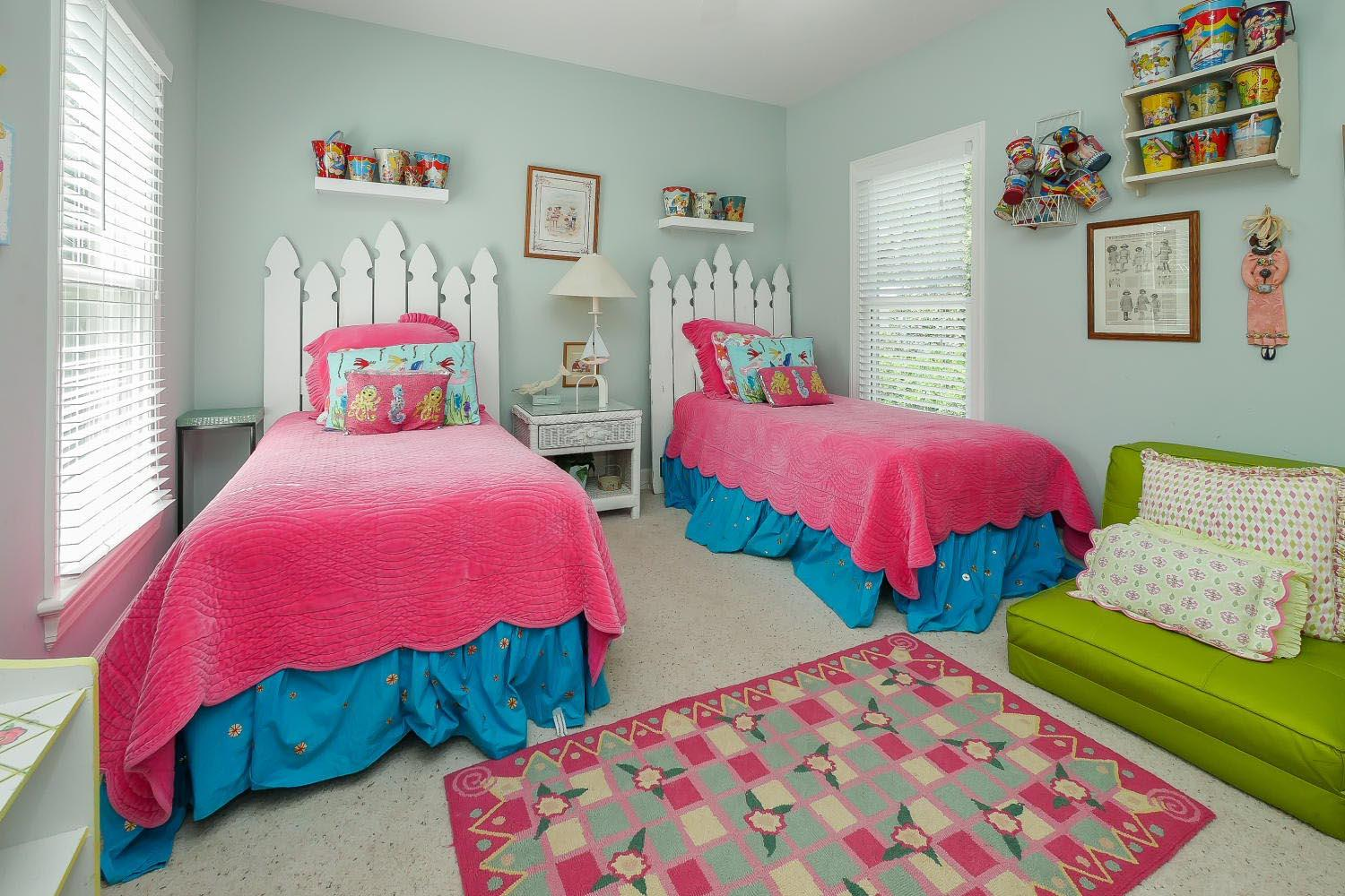 Twin BR two - 2nd floor | Almost Heaven