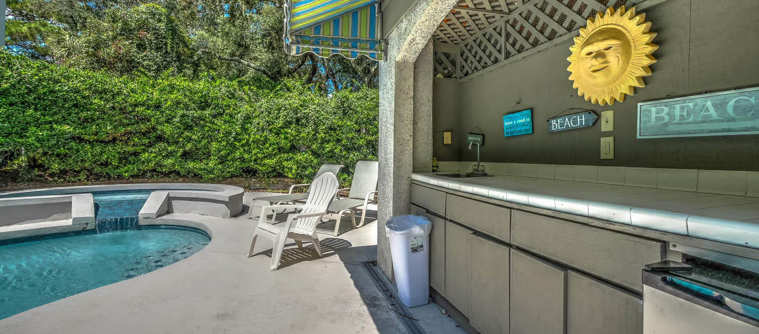 Wet bar at pool area | Almost Heaven