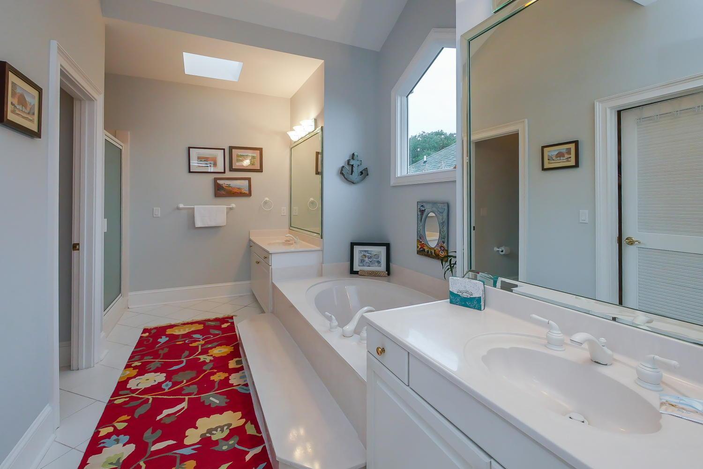 Master bath 2nd  floor - landscape view | Atlantic Breeze