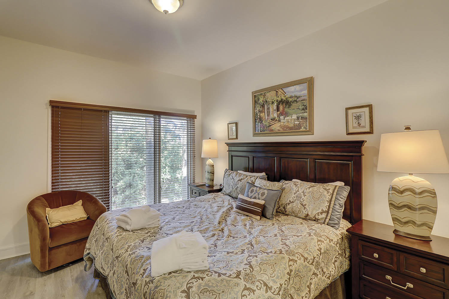 Lower Level King Bedroom | Beach Lagoon
