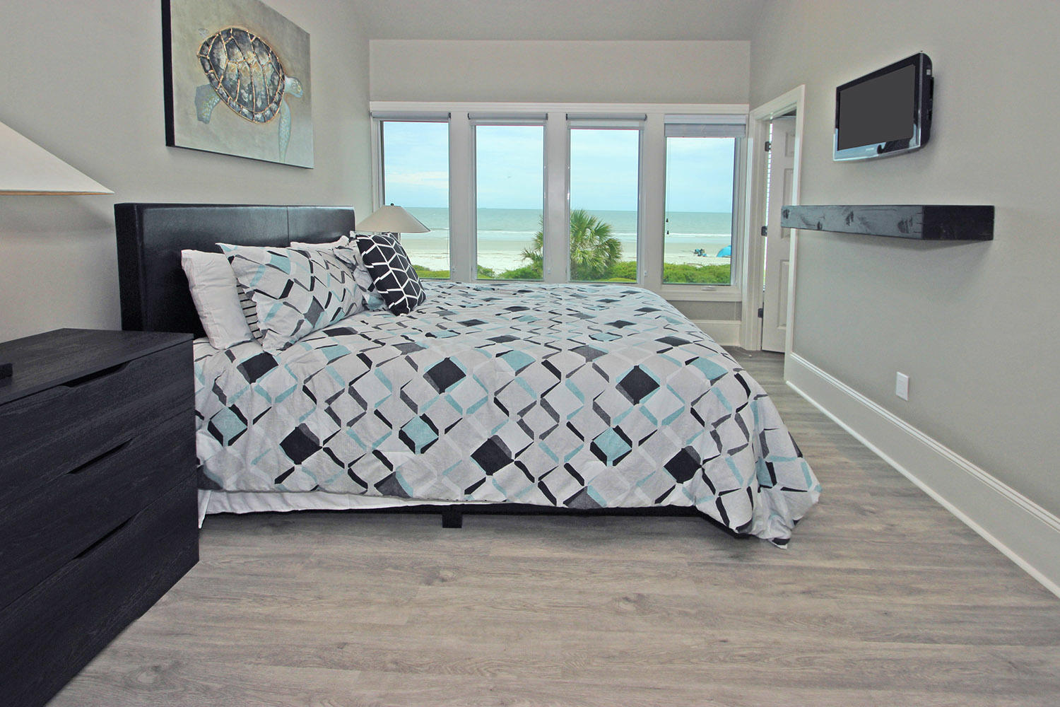 King Bedroom- Level Two | Beachcomber