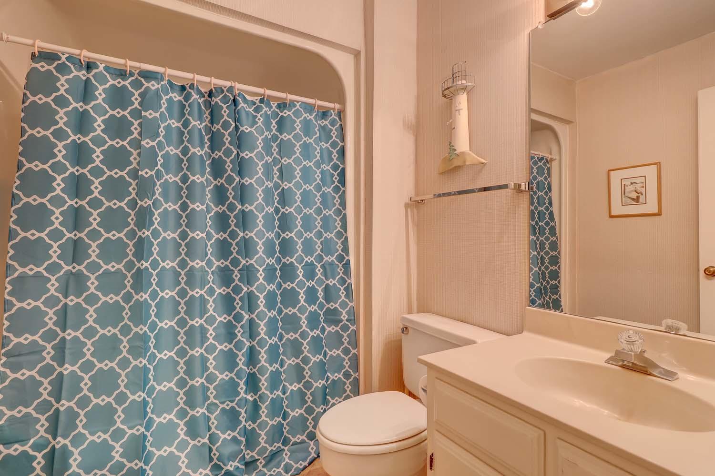 Guest Twin Bathroom
