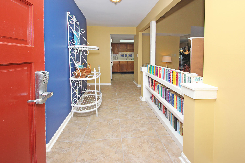 Entrance - foyer