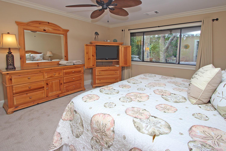 Master bedroom - 1st level