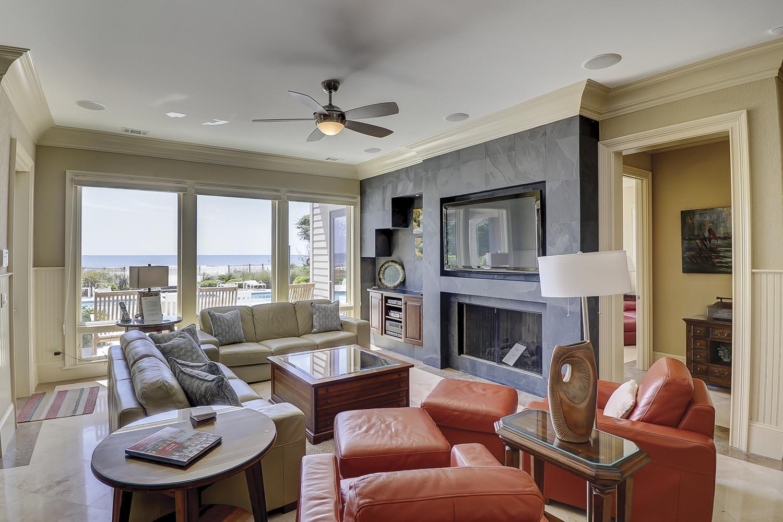 1st Floor Living Area   Endless Summer