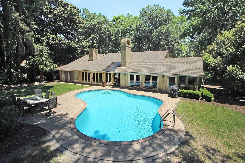 Heritage house backyard and pool