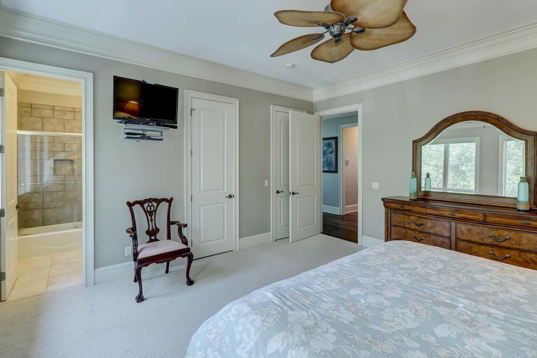 King Bedroom- Second Floor | Hot Tin Roof