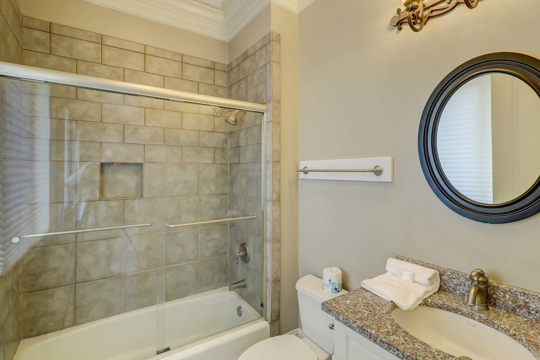 King Bathroom- Second Floor   Hot Tin Roof
