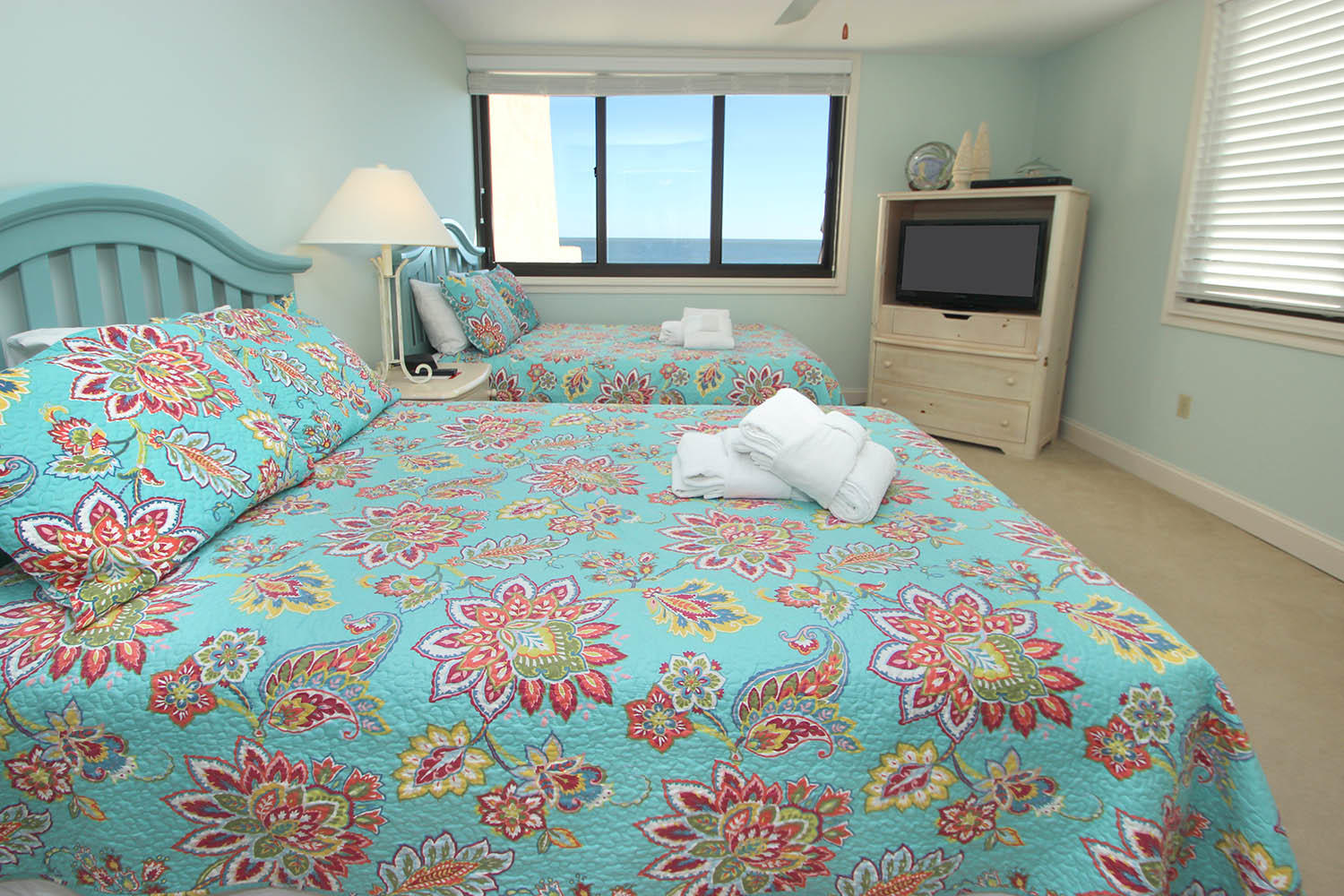 Guest BR with double beds