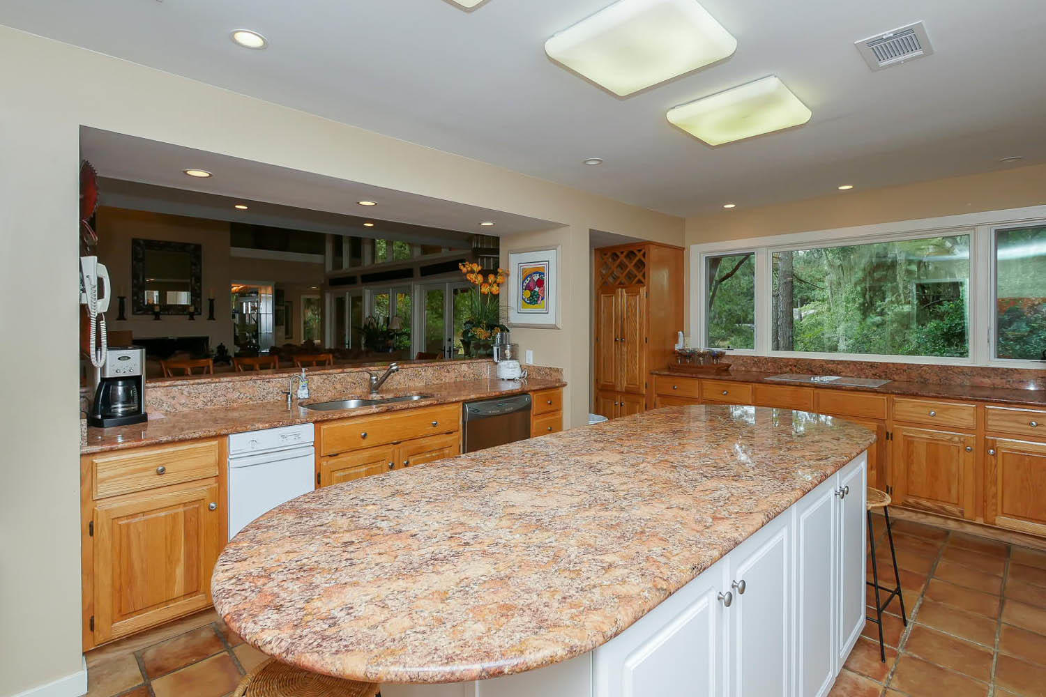 Kitchen | Island Oasis