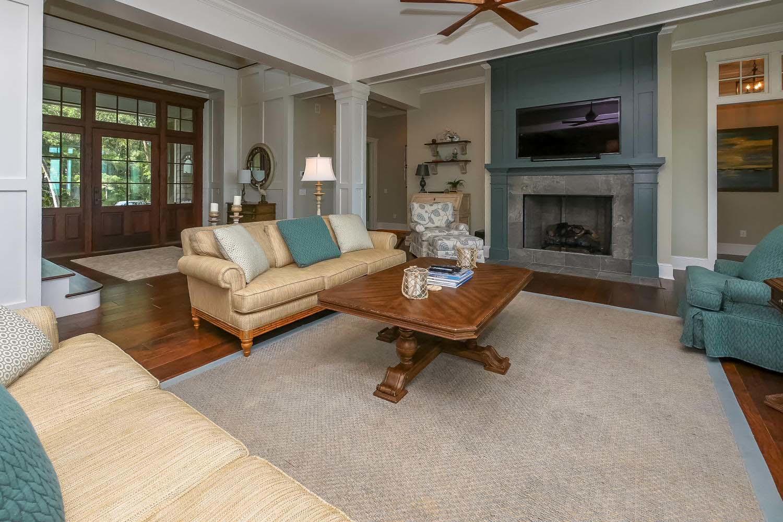 Living room with fireplace | Ocean Jewel