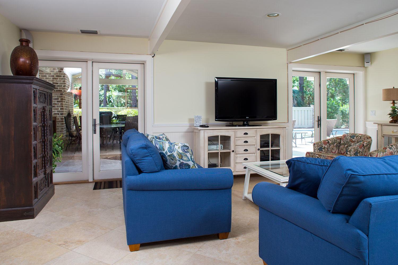 Living Area- Level One | Royal Dream