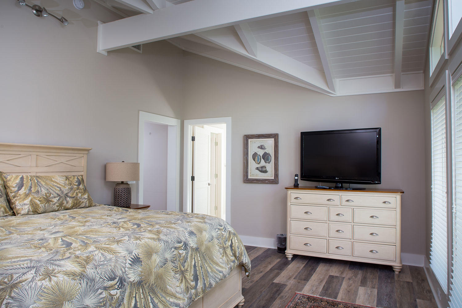 Master Bedroom- Level Two | Royal Dream