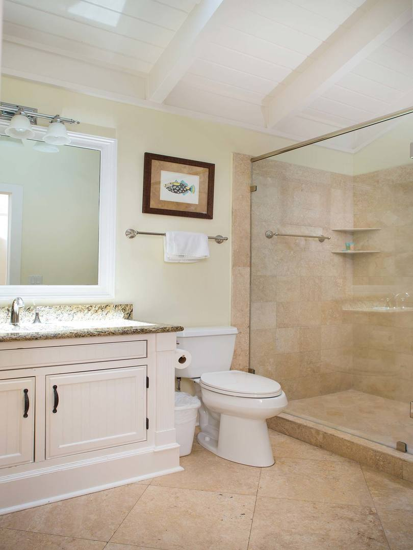 King Bathroom- Level Two | Royal Dream
