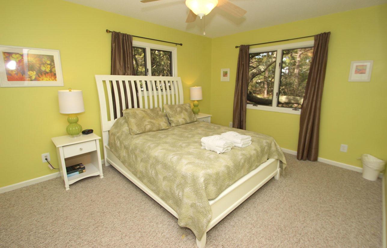 Guuest bedroom upstairs