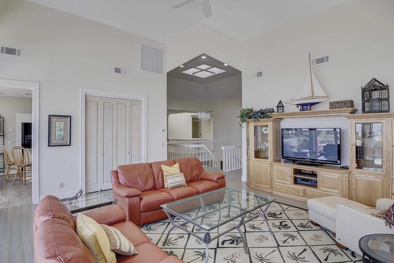 Top Level Living Area | Sandpiper